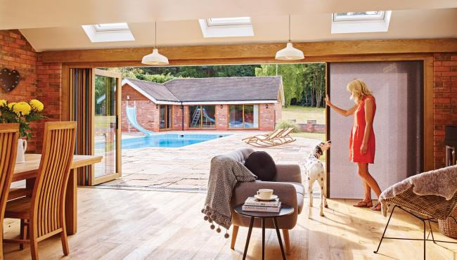 centor folding doors with integral blinds