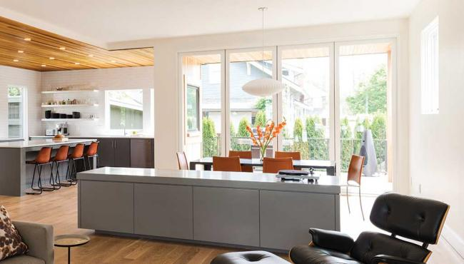 Centor 345 Folding Door features an all aluminium extrusion with concealed hardware