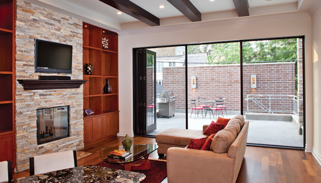 Centor screens and hardware have been specified in this Chicago home