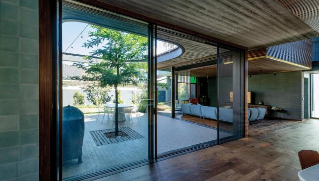 Centor S4 Screen create indoor outdoor living easy with your existing bifold doors