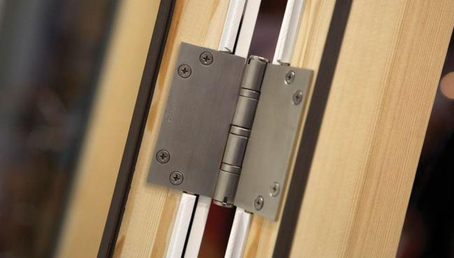 Centor E3 CLD hinge system