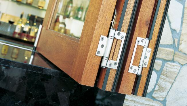 Centor E2 folding hinge in a stainless steel finish