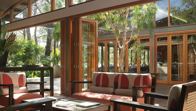 Centor E3 hardware used for bi-folding doors in a hotel restaurant