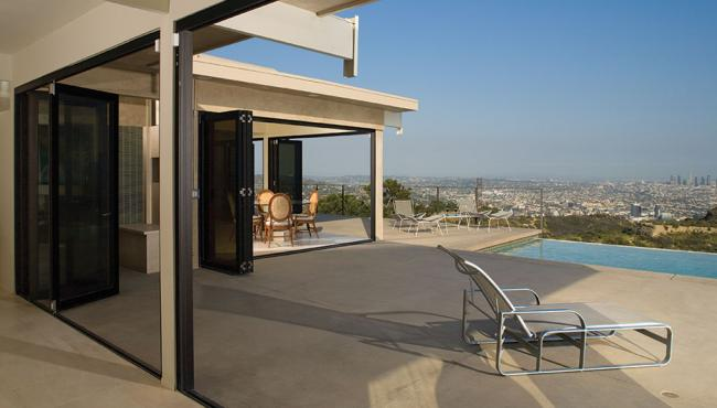 Lanai Folding Doors in Los Angeles moved by Centor E3 Hardware