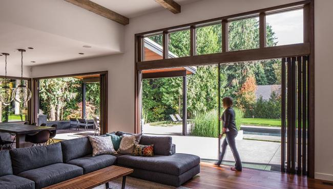 Living comfortably with large glazed doors
